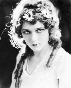 Mary Pickford, 1916.