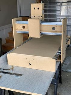 Build Your Own CNC Milling Machine : 6 Steps (with Pictures) - Instructables Routeur Cnc, Arduino Cnc, Diy Cnc Router, Woodworking Workbench, Woodworking Shop, Cnc Milling Machine, Router Machine, Workbench Table, Garage Workbench