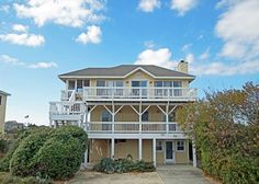 Summer Villa is an amazing escape from the real world! The pet friendly oceanside rental in Corolla is the perfect home for your OBX vacation.