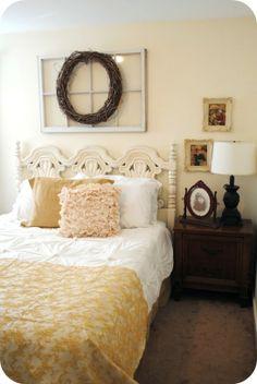 Love the mix of dark & light wood in the bedroom!