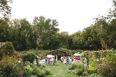 Stillwater MN outdoor garden ceremony wedding - Janelle Elise photography