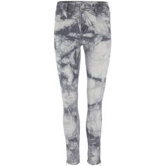 Vila Jeans Cleavo 7/8 Batik ($37) ❤ liked on Polyvore featuring jeans, pants, bottoms, calças, pantalon, zipper jeans, tye dye skinny jeans, bleach tie dye jeans, button-fly jeans and tie dye skinny jeans