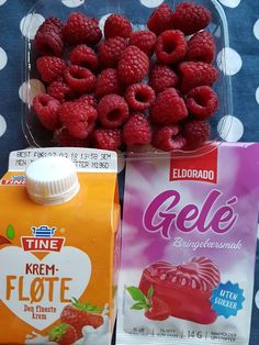 Verdens enkleste bringebærfromasj - lavkarbostyle - Anne G.K - min arena Raspberry, Strawberry, Pudding Desserts, Low Carb Desserts, Something Sweet, Sugar Free, Deserts, Kos, Food And Drink