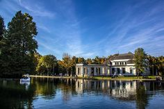 Parcul central Cluj-Napoca Romania, Mansions, House Styles, Beautiful, Home Decor, Mansion Houses, Decoration Home, Manor Houses, Villas