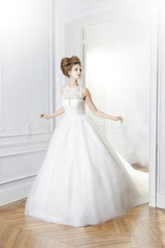 A line Wedding Dress, Minus the top straps..