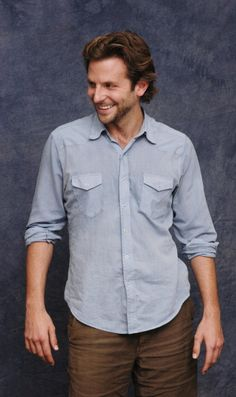 Bradley Cooper Hair, Brad Cooper, Famous Names, A Star Is Born, Marvel Actors, Celebs, Celebrities, Gorgeous Men, Stars