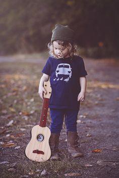 Gender neutral, car t-shirt. Spread a little kindness. Pin Now.