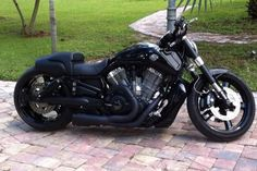 harley davidson v rod muscle blacked out - Google zoeken
