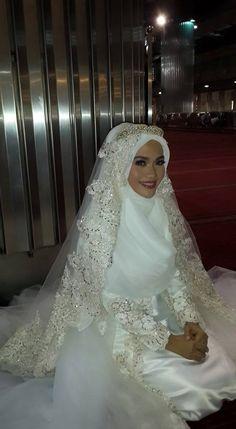 beautiful syar'i bride Designed by Norma Hauri (Indonesia)