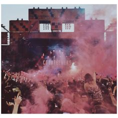 Courteeners. Heaton Park. Music X, Music Wall, Indie Music, Film Music Books, Music Love, Music Bands, Bedroom Wall Collage, Photo Wall Collage, The Courteeners