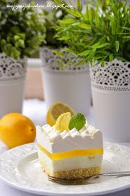 my passions: Lemon fluff Panna Cotta, Sweet Tooth, Muffins, Cheesecake, Lemon, Ethnic Recipes, Cakes, Food, Dulce De Leche