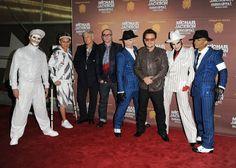 Michael Jackson used to spy on U2 http://www.mjvibe.com/michael-jackson-used-to-spy-on-u2/