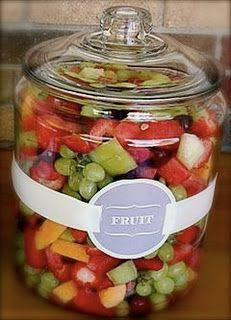 Jars for outdoor parties! this is great and will keep the bugs out you could put each cold salad in a pretty jar and then sit them in a large metal feed trough with ice to keep them cold and safe to eat. Shared by Career Path Design. Bbq Party, Tapas, Catering, Deco Buffet, Pots, Backyard Bbq, Wedding Backyard, Outdoor Parties, Summer Parties