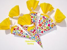 Etsy :: Your place to buy and sell all things handmade Birthday Party Decorations, Birthday Parties, Table Decorations, 3d Sticker, Guest Gifts, Small Gifts, School Bags, Smiley, A Table