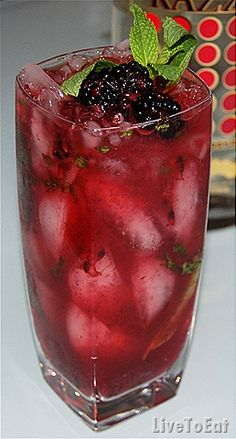 Blackberry Mojito : Live To Eat Made these yesterday: they're yum