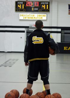Big T; basketball; senior picture
