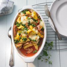 Ovenschotel met tonijn en tortellini. Video uitleg van Herman den Blijker: http://youtu.be/56Gropj54WM