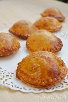Sabor: Κοτοπιτάκια / Mini Chicken pies