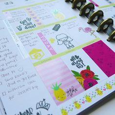This week on my @the_happy_planner #plannergirl #busymama #girlboss #planneraddict #agenda #happyplanner #mommylhey #mommylheystamps #mommylheydesigns #plannercommunity