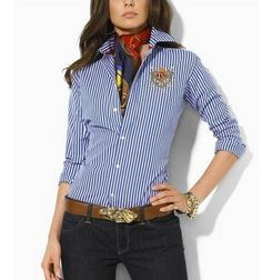 Discount Ralph Lauren Polo Women Shirts for the Working . Mode Outfits, Casual Outfits, Fashion Outfits, Womens Fashion, Casual Shirts, Look Chic, How To Look Classy, Ralph Lauren Womens Clothing, Preppy Style