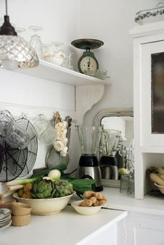 Absolutely love this corner in the kitchen!