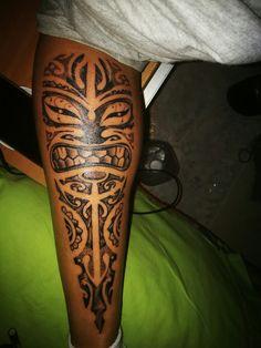 Maori tattoo polpaccio
