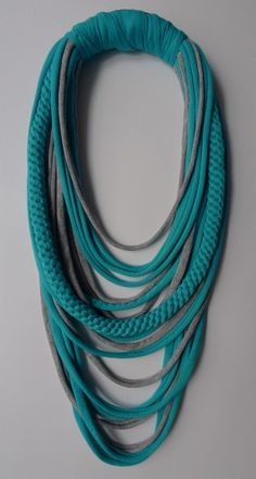 Textile necklace .... beautiful. (Pin seems to go nowhere, but great inspiration.)