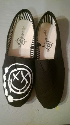 Basic and comfy slip-on shoes painted by hand with the Blink 182 logo! Choose from many different colors! Please allow up to 2 weeks for these to ship, because I might have to order the blank shoes. All sizes are in womens'.