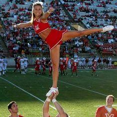 Ncaa Football Game, College Football Games, Football Cheerleaders, First Football, Ncaa College, College Fun, Nfl, College Cheerleading, Cheerleading Pictures