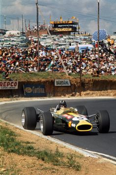 World Copyright: LAT Photographic Ref: Le Mans, Lotus F1, Formula 1 Car, Speed Racer, Photo Search, F1 Racing, Car And Driver, Grand Prix, Cars And Motorcycles