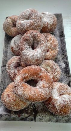 Donut Recipes, Cake Recipes, Cooking Recipes, Beignets, Chilean Recipes, Deli Food, Delicious Donuts, Homemade Donuts, Pan Dulce