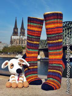 Augenblick mal ....: Socken mit Dom Blick