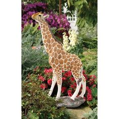 Gerard The Giraffe Statue