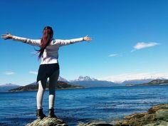 ≫∙ Celebrando a #Argentina y a los hermosos colores de su bandera impregnados en los paisajes del sur. Transpórtate a la inmensidad de este entorno albiceleste a través de este relato de viaje. ➳ Blog post by @innatelygypsea