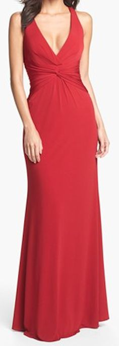 beautiful #red #gown  http://rstyle.me/n/f3q9kpdpe