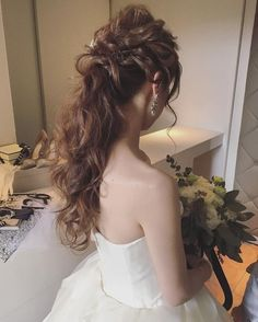 @maison.de.rireのInstagram写真をチェック • いいね!2,953件 Wedding Hair And Makeup, Bridal Hair, Hair Makeup, Red Hair Color, Cool Hair Color, Love Hair, Great Hair, Bride Hairstyles, Headband Hairstyles