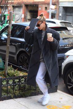 Winter Style, Autumn Winter Fashion, Hayley Bieber, Celebrities Fashion, Celebs, Celeb Style, My Style, Hailey Baldwin Style, Model Street Style
