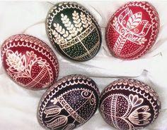 Kraslice / Zboží prodejce This cat is mad Orthodox Easter, Easter Egg Designs, Easter Ideas, Ukrainian Easter Eggs, Easter Traditions, Egg Art, Egg Decorating, Pattern Art, Easter Crafts
