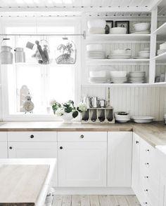 ••• #inspiring #inspiration #boligindretning #boligdrøm #boligpluss #instalike #inspiring #inspiring #iblaursen #interiors #interiordesign #interior #interiør #design #nordisk #inspirasjon #skandinaviskehjem #skandinavian #denmark #sweden #mitthjem #homemade #homesweethome #hjemkjærehjem #homedecor #decoration #aalborg #kitchen