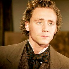 Tom Hiddleston as William Buxton in Return to Cranford (2009). Gif-set: http://maryxglz.tumblr.com/post/163982891647