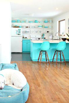 Kleur & Interieur in 2018 | kitchen | Pinterest | Kitchens, Retro ...