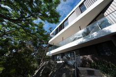 Cliff Top House by Luigi Rosselli Architects (4)