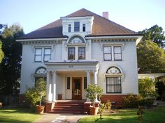 Shankland House (now a USC fraternity), 715 W. 28th St., Los Angeles, California