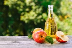 We explore the science behind using apple cider vinegar for weight loss. While there may be some truth to the apple cider vinegar diet, it's not a miracle. Apple Cider Vinegar Diet, Apple Cider Vinegar Remedies, Home Remedies, Natural Remedies, Vinegar Weight Loss, Burn Stomach Fat, Diet Tips, The Cure, Lose Weight