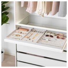 10 Beautiful Open Closet Concepts For Sophisticated Home storage Ikea Walk In Closet Design, Bedroom Closet Design, Master Bedroom Closet, Closet Designs, Bedroom Storage, Bedroom Decor, Organize Bedroom Closets, Master Bedrooms, Bedroom Furniture
