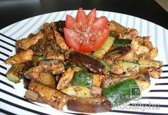 Serpenyős csirkés gyros    nyári Kung Pao Chicken, Potato Salad, Potatoes, Favorite Recipes, Meat, Ethnic Recipes, Food, Red Peppers, Potato