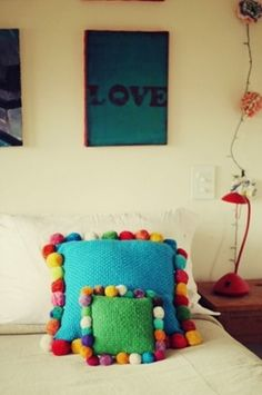 Lovely Pompom Décor Ideas For Your Interior | http://www.digsdigs.com/32-lovely-pompom-decor-ideas-for-your-interior/
