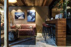 Wir lieben ♥ Tiroler Altholz und Ötztaler Granit Corner Desk, Furniture, Home Decor, Move Mountains, Nature Activities, Ice Climbing, Ski Trips, Locker, Filling Station