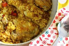 arroz con pollo, a cozy kitchen