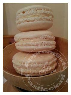 Apprendisti Pasticcioni: Macarons alla Vaniglia di Pierre Hermé